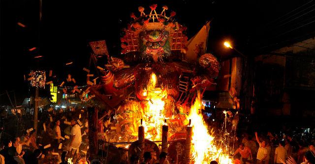 El festival de los fantasmas ocurre el día 15 del séptimo mes del calendario lunar